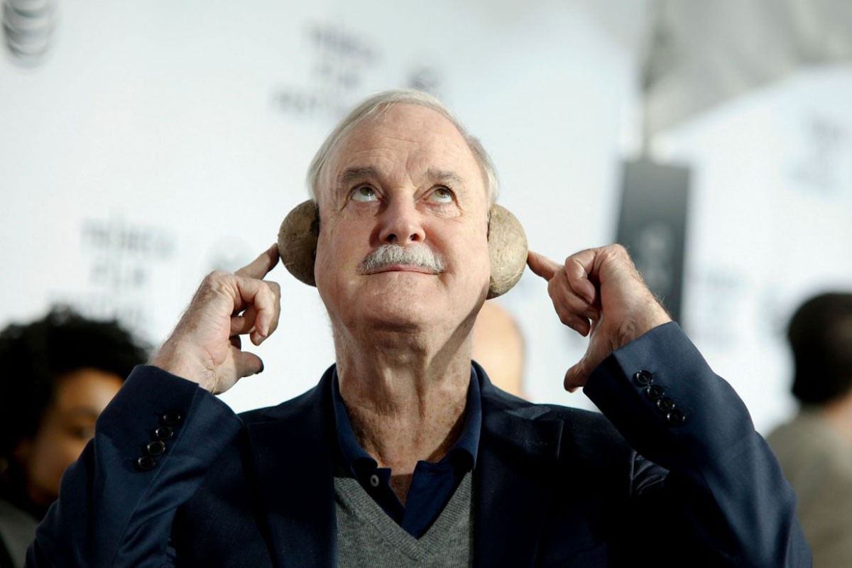Photo of John Cleese postpones his shows in Lisbon for June 2021