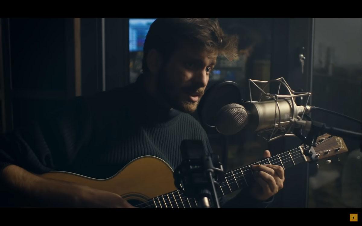 "Photo of Miguel Araújo – ""Valsa Redonda"" feat. Tiago Nacarato"