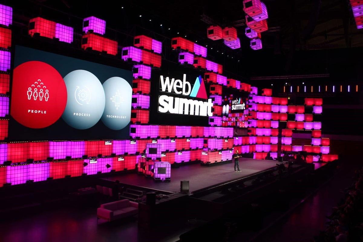 Photo of LIVE: Web Summit 2019 | Day 3