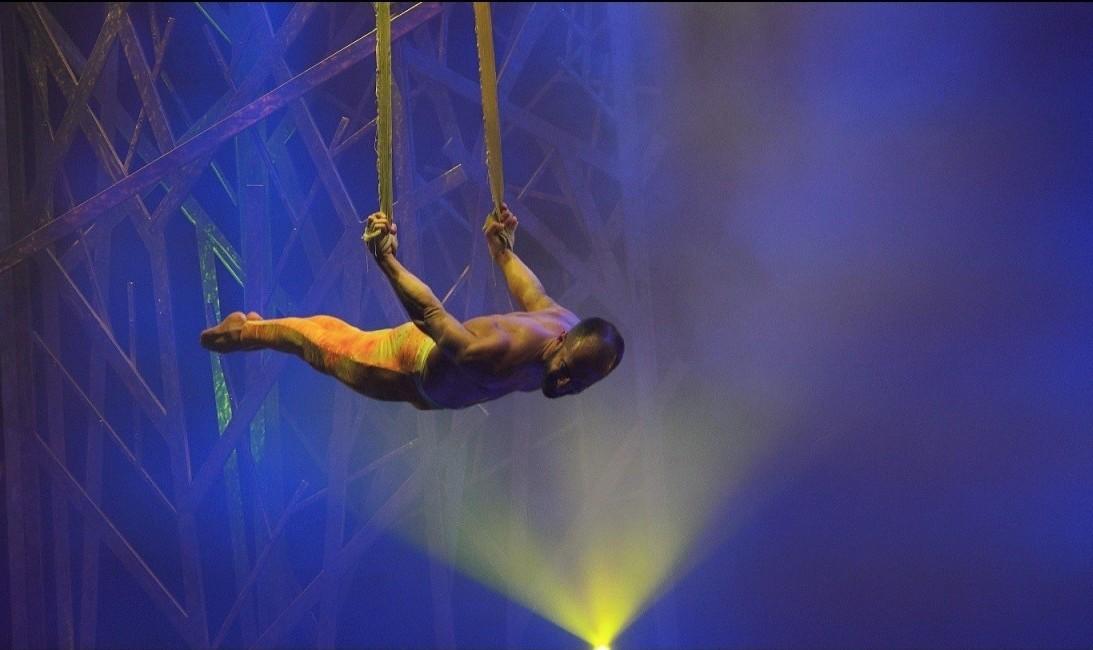 Photo of Circus Nights at Casino Lisboa with Jocka Carvalho in Straps