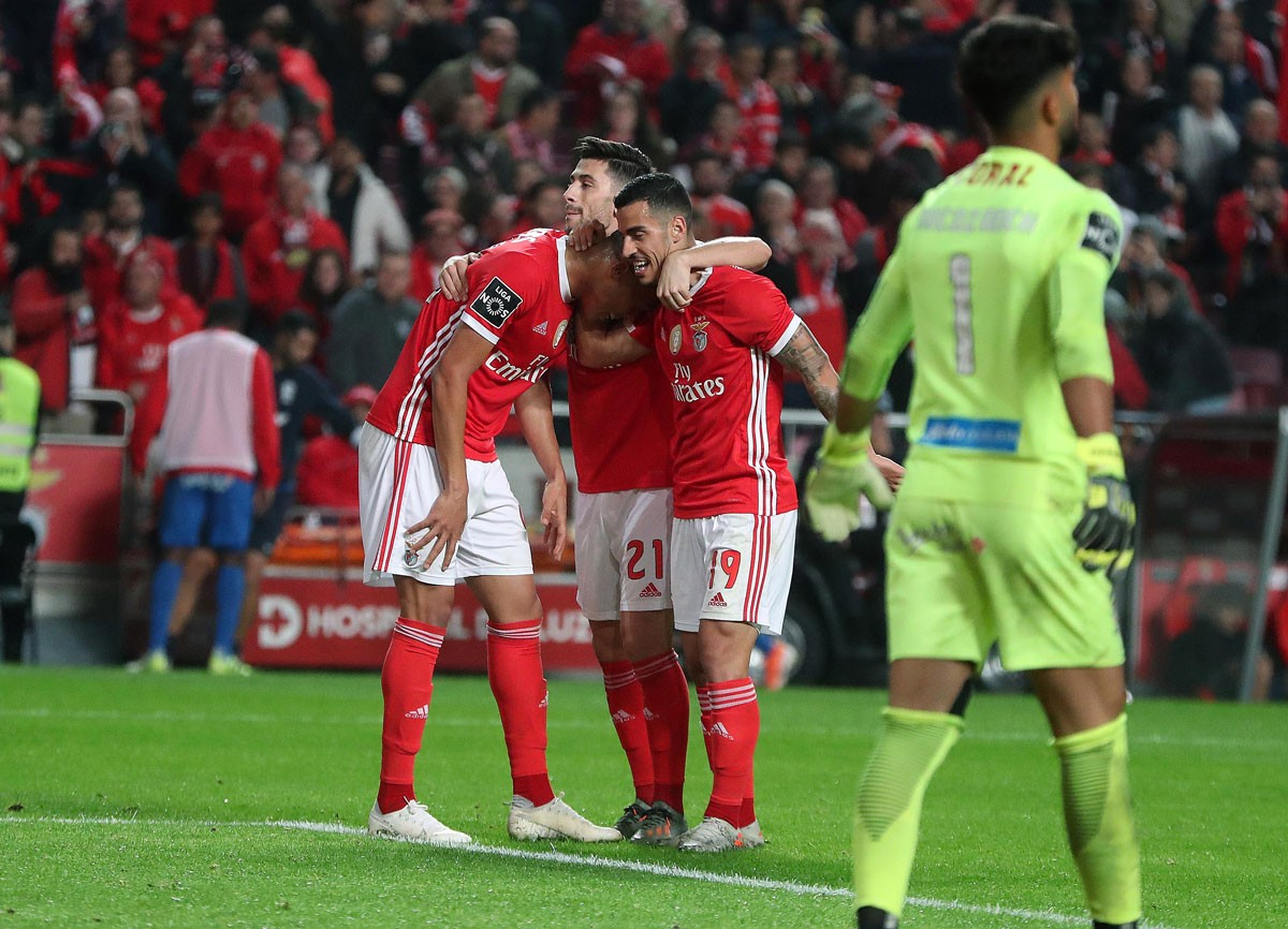 Photo of Benfica trashes Maritimo after leaving The Champions