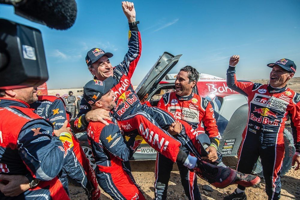 Photo of Carlos Sainz elected the greatest driver in the history of the rally