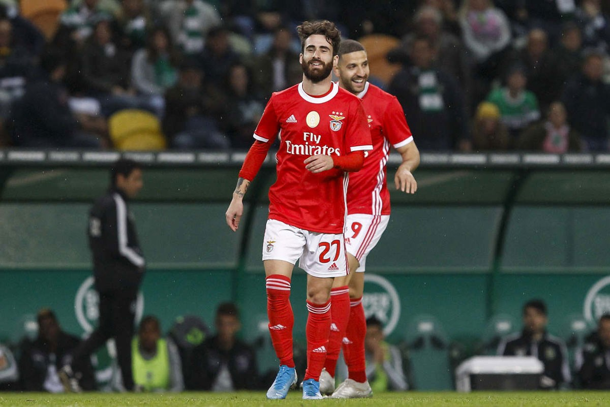 Photo of Rafa scores two goals and gives Benfica victory