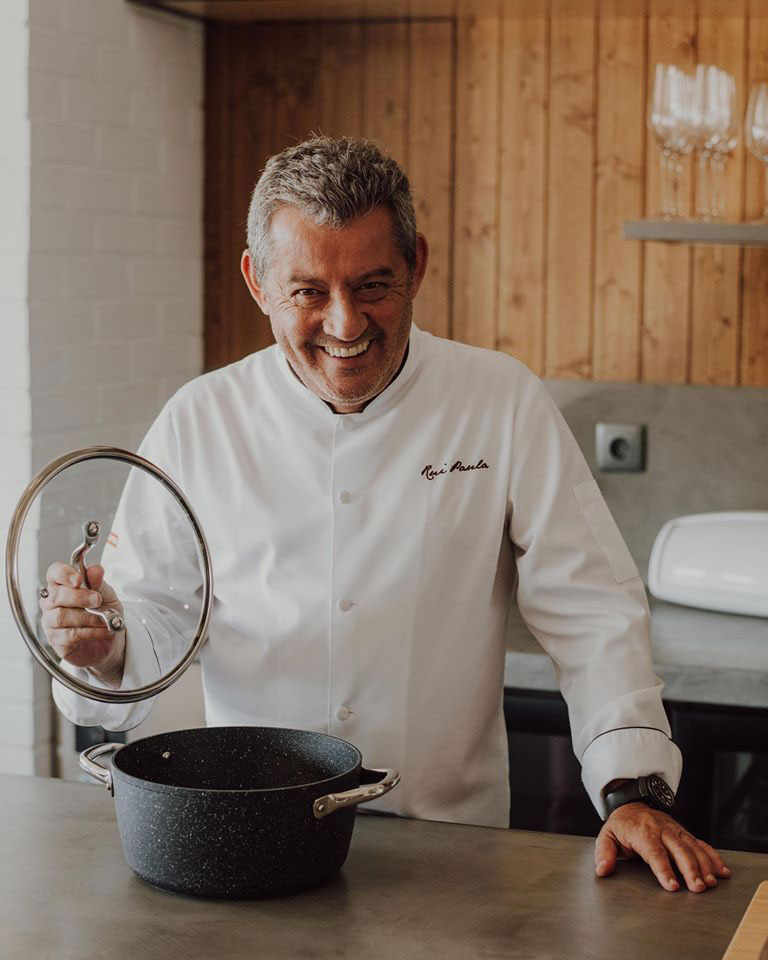 Photo of Rui Paula elected Chef of the Year by the Boa Cama Boa Mesa 2020 Awards