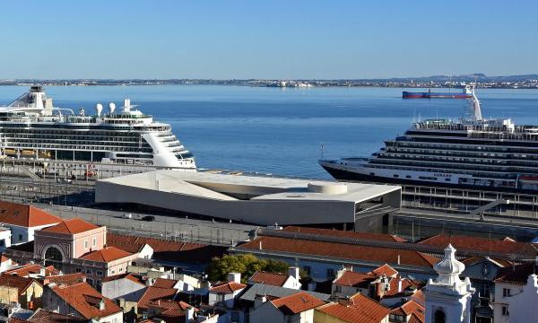 Photo of Coronavirus: Ban on disembarking of cruise ships