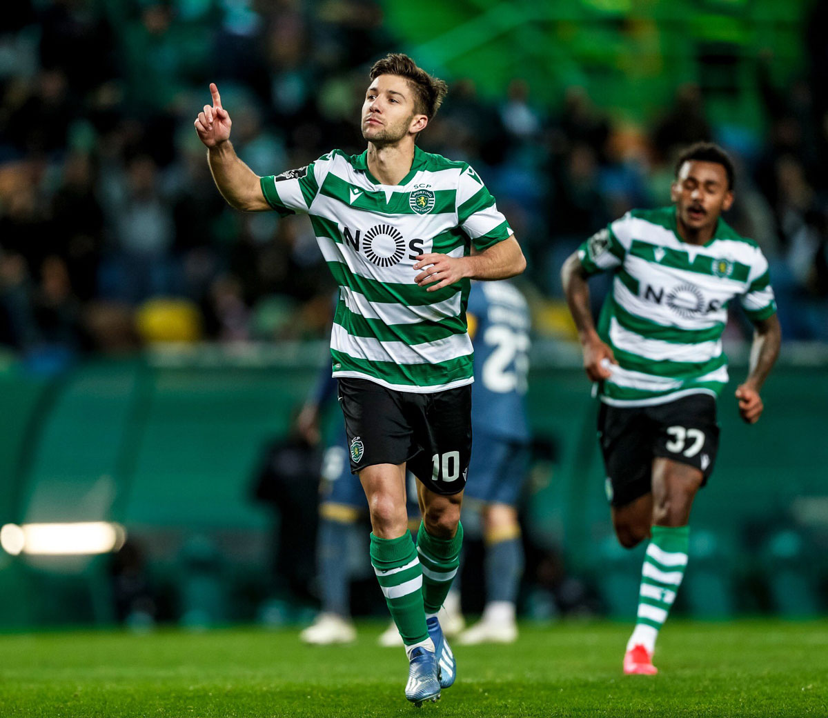 Photo of Sporting tied with FC Porto in Alvalade