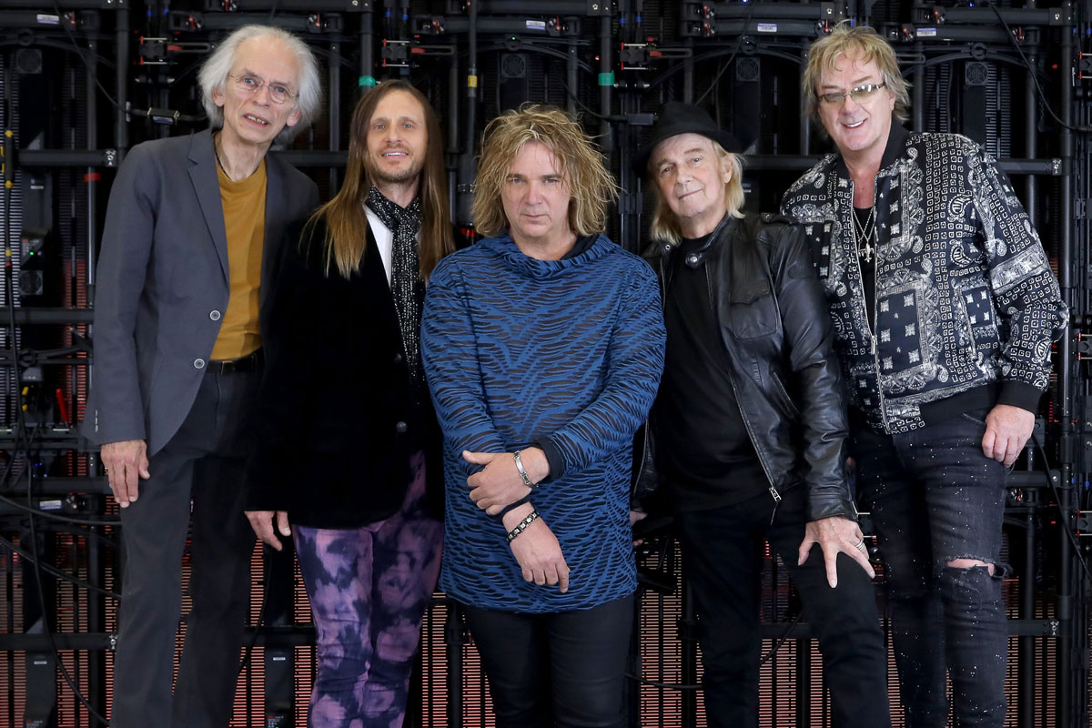 Photo of YES announce new date in Campo Pequeno for April 2021