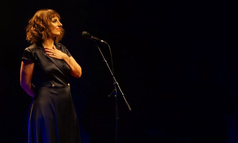 "Photo of Listen to Katia Guerreiro at ""Há Fado no Cais"" online"