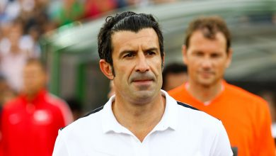 Photo of Luís Figo Foundation donates 50,000 masks and 2,000 protective suits
