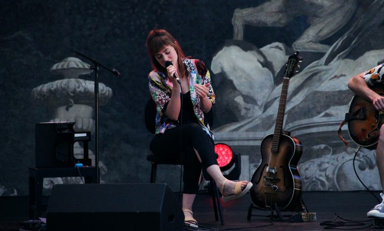 Photo of Rita Redshoes with an exciting concert at Teatro Municipal São Luiz