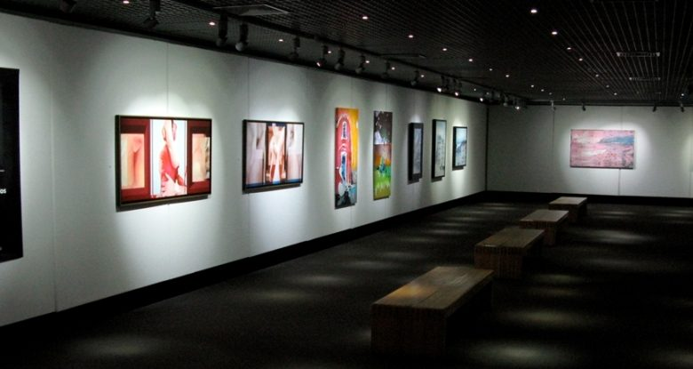 "Photo of Casino Estoril hosts the exhibition ""Os Tempos e Modos"" at the Art Gallery"