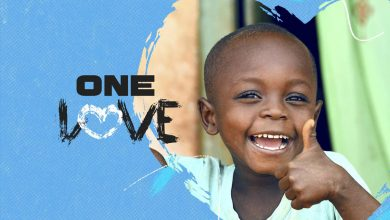 "Photo of Marley family launches version of ""One Love"" to support children affected by the pandemic"