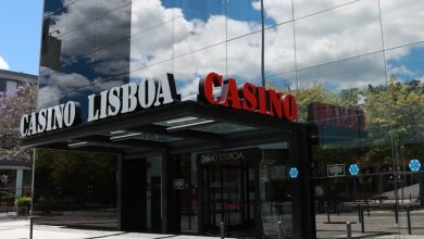 Photo of Casino Lisboa receives Catarina dos Santos and Óscar da Graça on Thursday