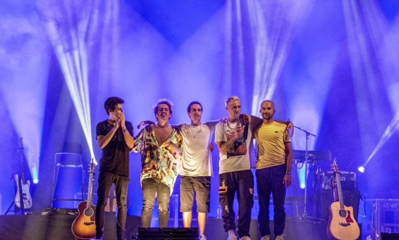 "Photo of D.A.M.A on the stage of ""Noites F"" in Faro"