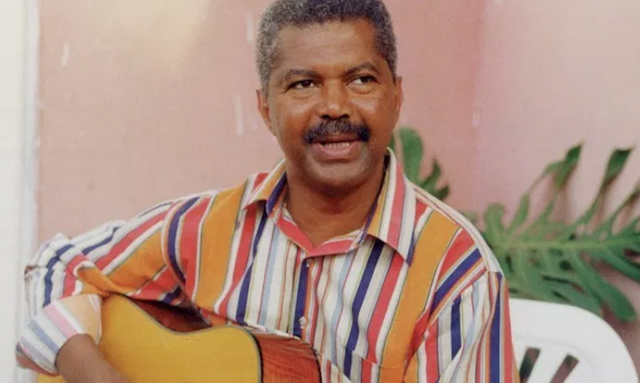 Photo of Angolan musician Carlos Burity passed away early today in Luanda