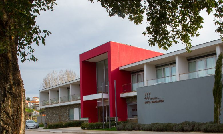 "Photo of Hotel Santa Margarida joins the ""Arte à Porta"" initiative"