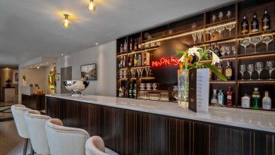 Photo of Hotel Moon & Sun Porto distinguished with Travelers' Choice award