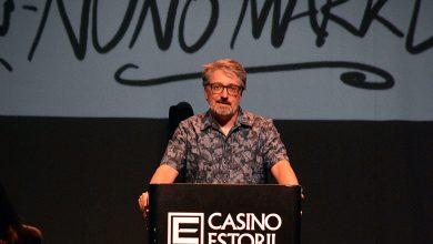 """Photo of Nuno Markl with a humorous """"lecture"""" at Casino Estoril"""