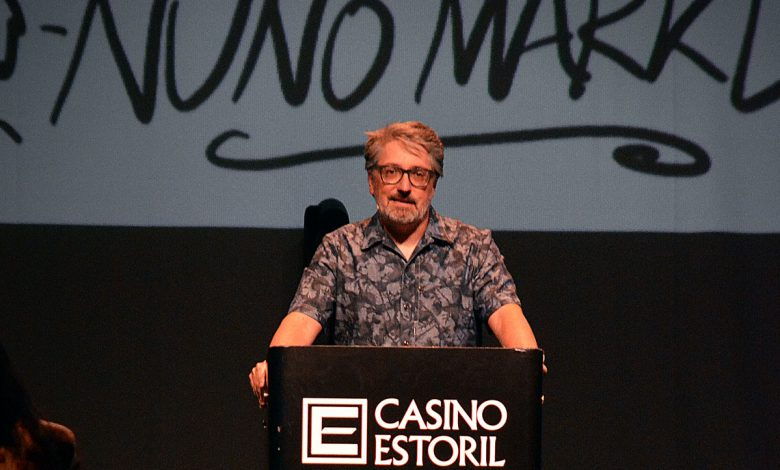 "Photo of Nuno Markl with a humorous ""lecture"" at Casino Estoril"