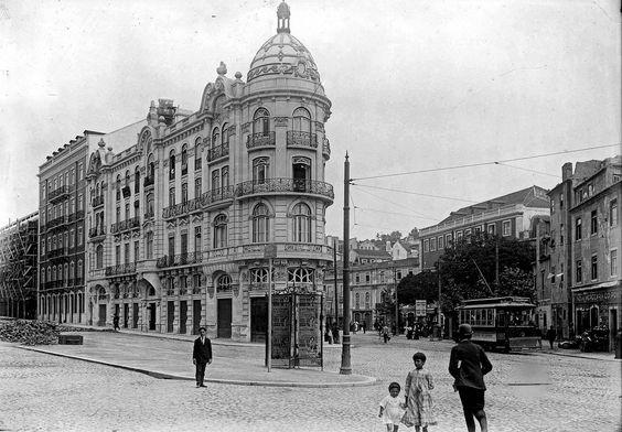 Photo of The first great Atlas of Avenida Almirante Reis in Lisbon