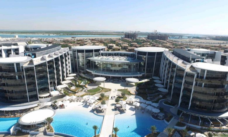 Photo of Jumeirah Saadiyat Island Resort in the UAE saves 85% on electricity bills with solar panels made in Portugal
