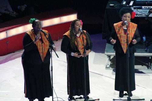 01_Harlem Gospel Choir (14)