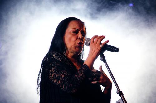 Tribute to Amalia with Cidalia Moreira, Ana Sofia Varela ans Luis Caeiro © Patricia Rodrigues - Portugalinews (5)